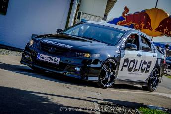 miki police1