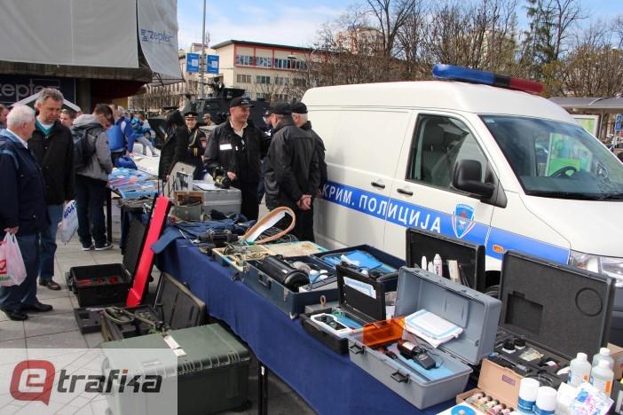 Izložba krim-policija (8)