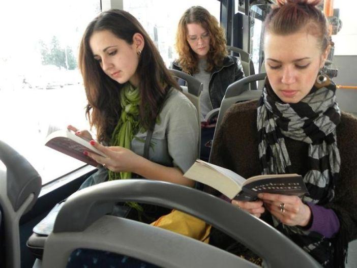 citanje u busu (1)