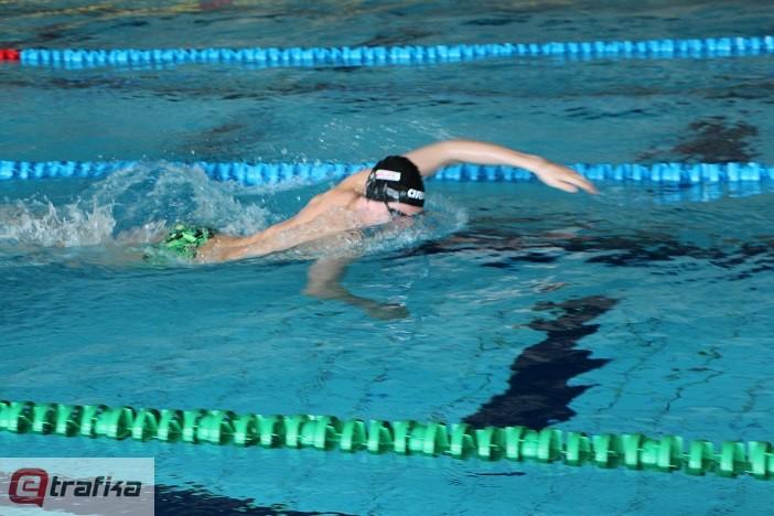 Mihajlo Čeprkalo plivanje (6)