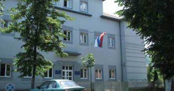 Roditelji bijesni, Damjanović kaže da djecu niko neće tjerati na vjerski skup